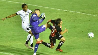 Foto de Vitória perde para o Ceará em jogo marcado por expulsões,  e é eliminado da Copa do Brasil