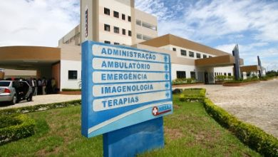 Foto de Mulher vítima de arma branca foi socorrida para o Hospital Regional