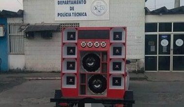 Foto de Conceição do Almeida: Veículos e aparelhos de som são apreendidos pela Polícia Militar