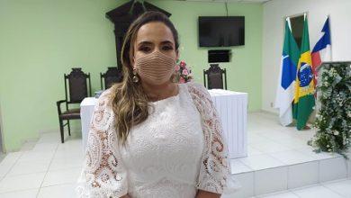 Foto de Reeleita como vereadora, primeira dama de Conceição do Almeida é eleita presidente da Câmara Municipal