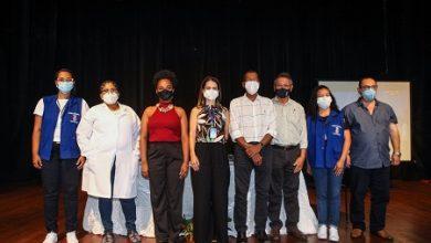 Foto de SAJ: 04 pessoas recebem primeira dose da vacina contra o Coronavírus nesta terça, 19