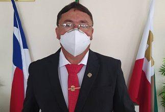 Foto de Dom Macedo Costa: Com oito mandatos, Bahia é eleito mais uma vez presidente da Câmara Municipal