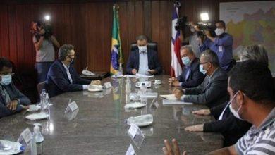 Foto de Bahia: Governador se reúne com representantes dos trabalhadores demitidos da Ford