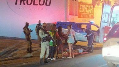 Foto de Casal em moto é atingido por tiros e homem morre no local em Santo Antônio de Jesus