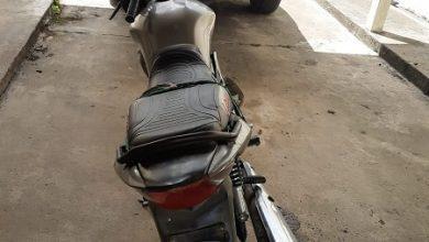 Foto de Homem é preso com motocicleta irregular em Muniz Ferreira