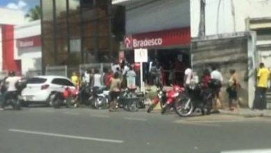Foto de SAJ: Agências bancárias terão horário antecipado em uma hora para evitar aglomerações