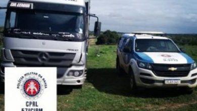 Foto de Rafael Jambeiro: PM recupera caminhão com gado roubado em Sergipe
