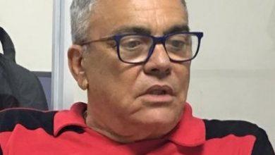 Foto de Paulo Carneiro pede afastamento do Vitória