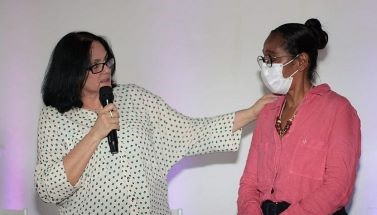 Foto de Ministra chega a Cachoeira para apurar ameaças à prefeita: 'Proteger uma guerreira'