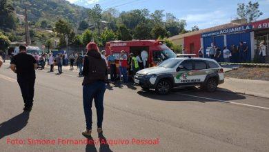 Foto de Santa Catarina: Jovem de 18 anos invade escola mata três crianças e duas funcionárias