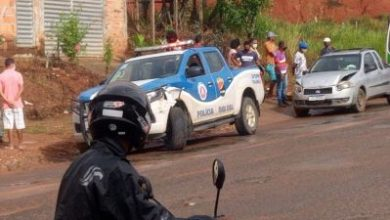 Foto de Viatura da polícia se envolve em engavetamento na cidade de Valença