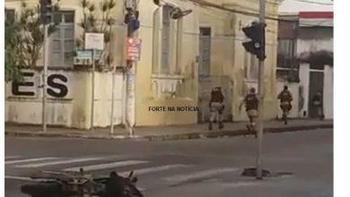 Foto de Dupla é presa pela polícia após assaltos a transeuntes em Cruz das Almas