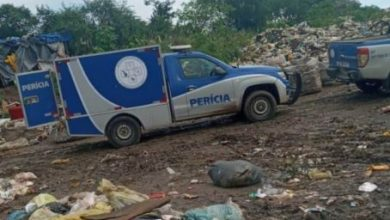 Foto de Recém-nascido é encontrado morto em um lixão da cidade de Santo Estêvão