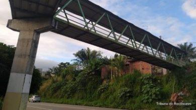 Foto de SAJ: Estrutura da passarela do Alto Santo Antônio apresenta problemas