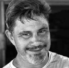 Foto de Velório de empresário Renato de Dodô é marcado por comoção em Dom Macedo Costa