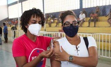 Foto de SAJ vacina 4.011 pessoas contra a COVID-19 e bate novo recorde no município
