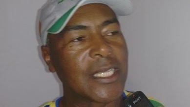 Foto de Deputado Robinson presta homenagem ao desportista santantoniense Carlinhos do Bahia na Assembleia Legislativa