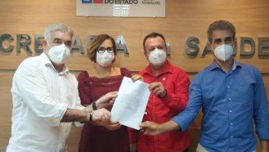 Foto de Dom Macedo Costa: Deputado Robinson viabiliza equipamentos para saúde