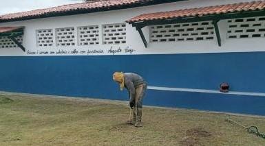 Foto de SAJ: Escolas municipais estarão aptas a receber alunos na implantação do modelo de aulas semipresenciais