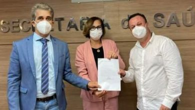Foto de Dom Macedo: Deputado garante kit odontológico para reforçar saúde