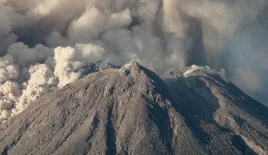 Foto de Vulcão capaz de gerar tsunami e atingir a Bahia entra em estado de alerta